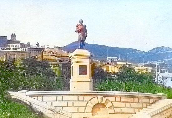 Разрушение памятника Завойко было варварством