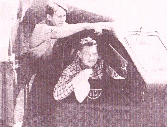 Алексей Окладников со своим любимым учеником - Анатолием Деревянко, 1965 г. в Хабаровске