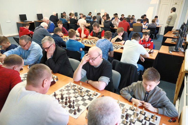 В Хабаровске стартовал чемпионат Дальнего Востока по шахматам