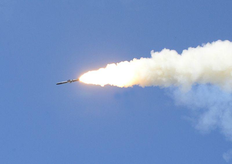 Береговые ракетные комплексы ТОФ «Бастион» с побережья Чукотки поразили крылатыми ракетами учебную надводную цель в Анадырском заливе