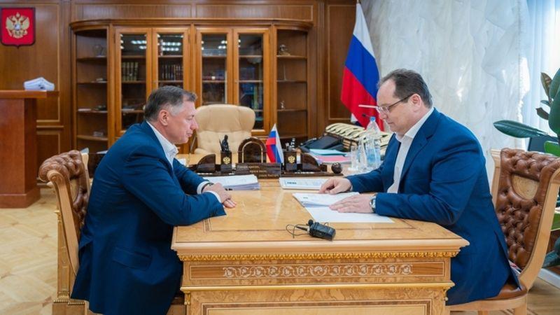 Зампред правительства РФ Марат Хуснуллин провел рабочую встречу с губернатором Еврейской автономной области Ростиславом Гольдштейном