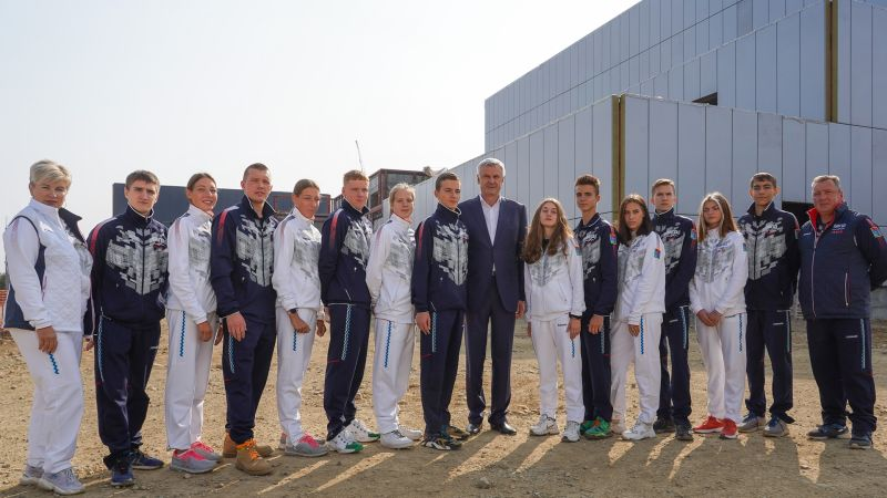 Губернатор Сергей Носов встретился со сборной командой Магаданской области по северному многоборью